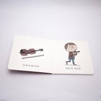 """Vista superior del libro """"Violín"""". [Descripción de imagen] Páginas interiores. A la izquierda, un violín y el texto: """"Glin, glin, glin"""". A la derecha, un niño tocando el violín y el texto: """"Hace el violín""""."""