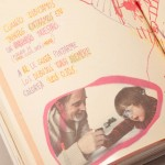 """Detalle del libro """"Mallko y papá"""". [Descripción de imagen] Páginas internas. Ilustración de Mallko y su padre dibujando bajo el texto: """"Cuando dibujamos juntos, entramos en un universo nuestro. Plagado de tren, coche, mamá y papá. A él le gusta pintarme los dibujos, casi siempre colorea los ojos."""""""