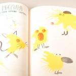 """Vista superior del libro """"Arte deja tus huellas"""". [Descripción de imagen] Páginas internas. De izquierda a derecha, cuatro figuras animales realizadas con pinturas y huellas dactilares."""
