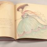 """Detalle del libro """"Las princesas también se tiran pedos"""". A la derecha, una princesa vestida de gala."""