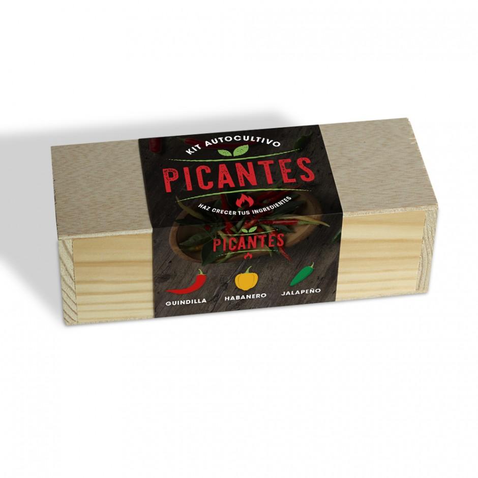 """Vista lateral del kit en caja de madera """"Kits culinarios""""."""